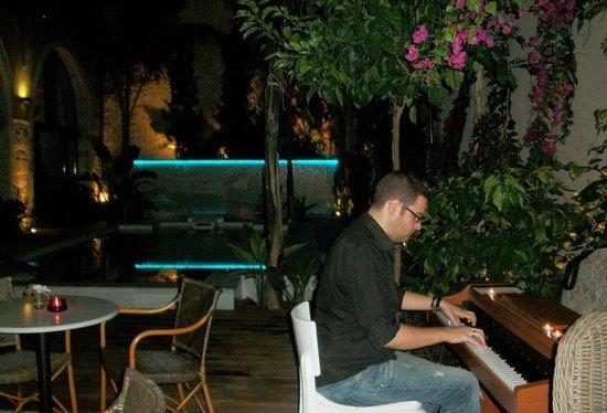 Rimondi Boutique Hotel: PIANO CONCERT