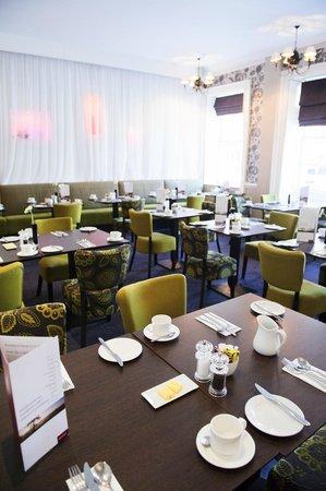 Mercure Southampton Centre Dolphin: The Signature Restaurant