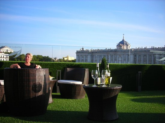 MadWay: Roof terrace at Jardines Sabatini