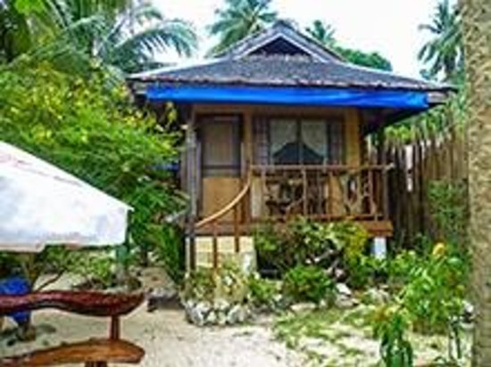 Greenviews Resort Corong-Corong: Our Beach Front Cottage
