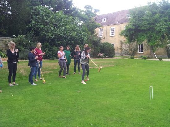 Upper Court: croquet