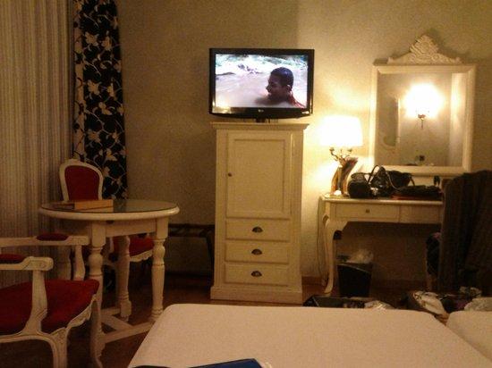 Salles Hotel Ciutat del Prat : Номер