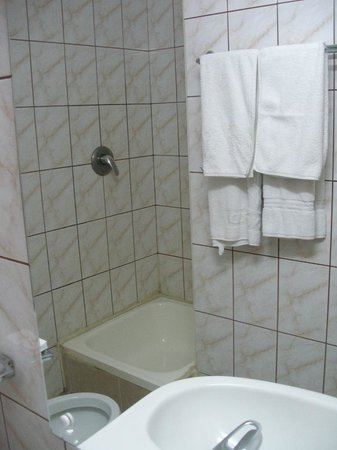 Nord Hostel : Bathroom 2