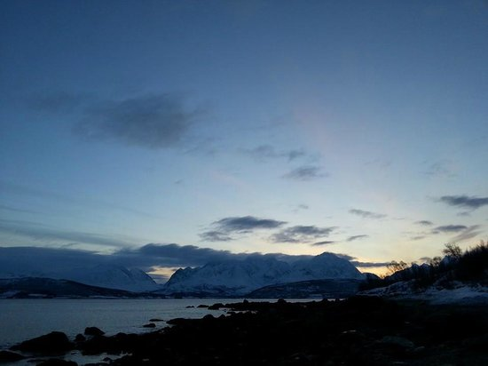 The Lyngen Alps from the beach in front of the Little Red House