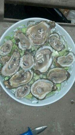 Bubba Jax Crab Shack : Raw Oysters