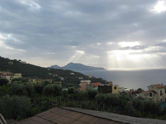 Hotel Prestige Sorrento: Vue sur le Golfe de Naples