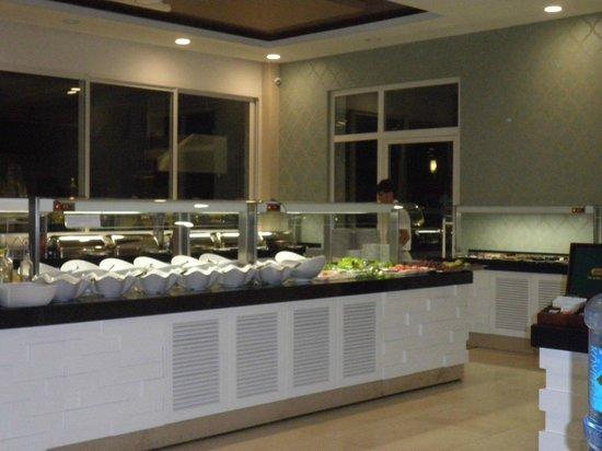 Marcan Resort Hotel: salad bar in the dining room