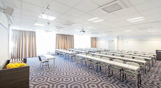 Good Morning+ Hagersten: Meeting Room