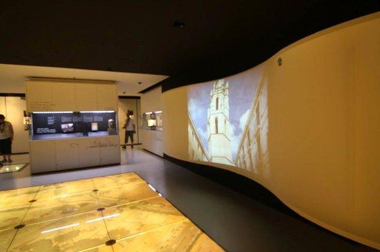 Gaudí Centre Reus: no funciona los videos