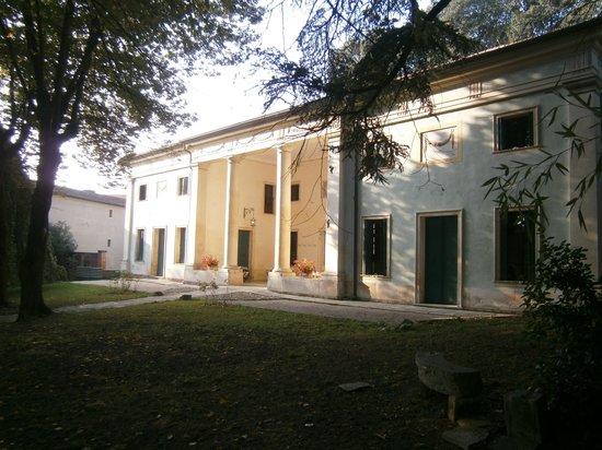 Agriturismo Barchessa Este: La villa