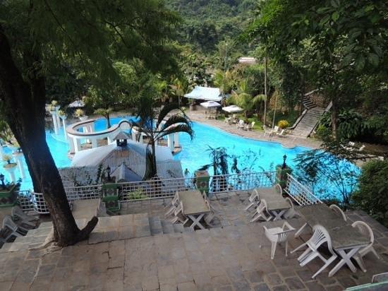 Riverside Springs Resort : enchanting pool....