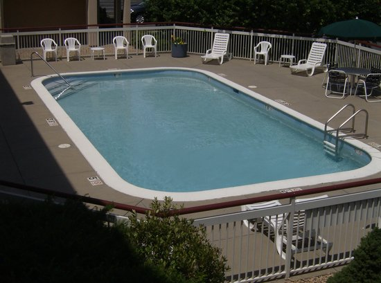 Red Roof Inn Cedar Rapids: pool