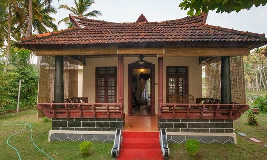 Maadathil Cottages: cottage