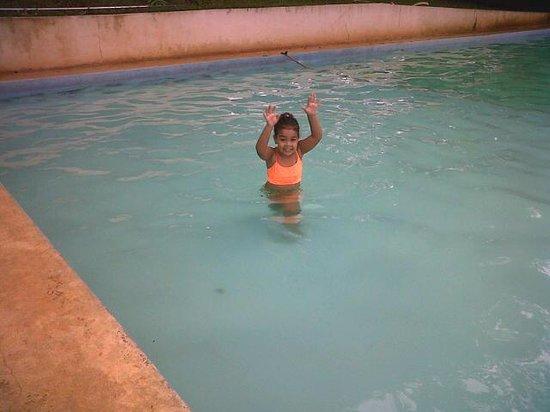 Hostal La Posada de Ferhisse : Pool