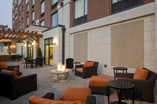 Hilton Garden Inn Knoxville/University: Patio