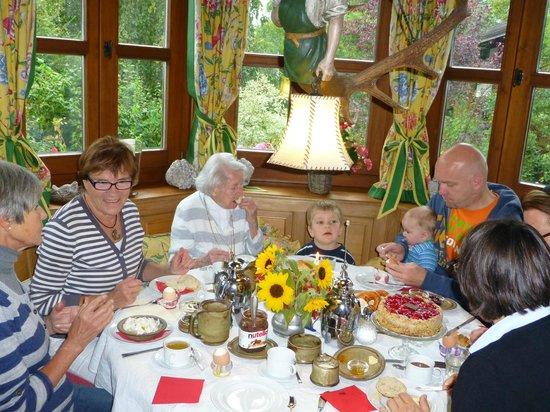 Gästehaus-Pension Vita Stafnensis: Frühstücksraum/Aufenthaltsraum