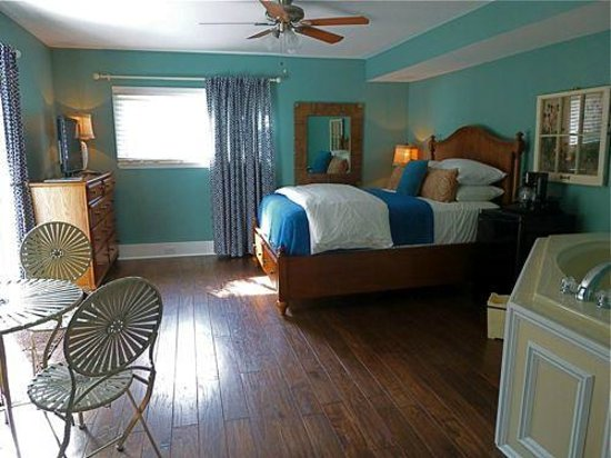 Lake Huron Inn Bed & Breakfast : Tree House Suite