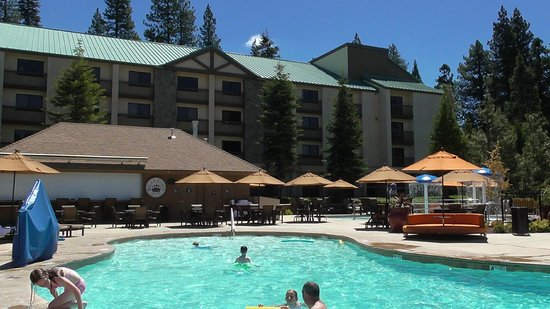 Tenaya Lodge at Yosemite: pool
