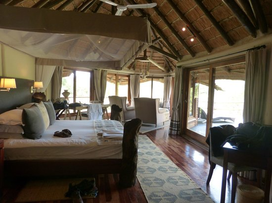 Ulusaba Safari Lodge : Another view of Honeymoon Suite