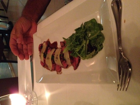 Les Cepages Restaurant: Veal salad