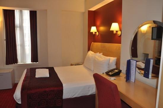 Holiday Inn London - Kensington High Street: KC oda