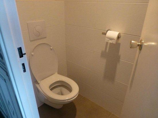 Bristol Hotel : Separates WC