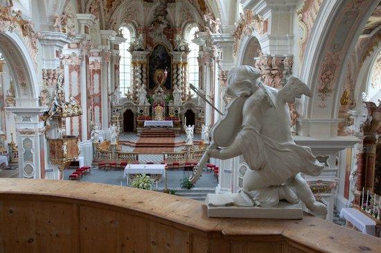 Varna, Italia: Stiftskirche - Basilica dell'Abbazia - Monastery church