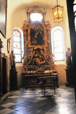 Franziskanerkirche: Ein Seitenaltar