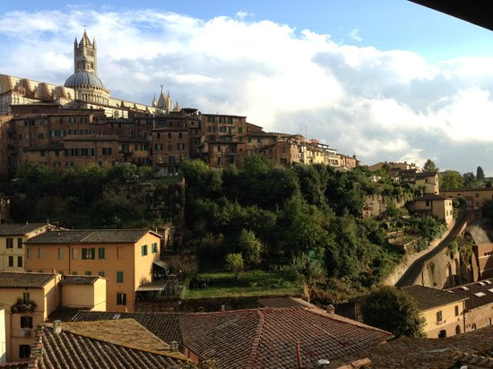 Hotel Alma Domus: What a view!!