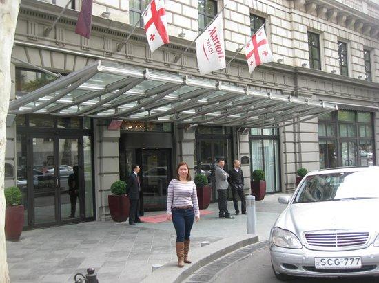 Tbilisi Marriott Hotel : entrance
