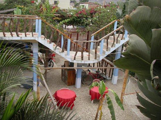 Hostal Machalilla: Vista habitaciones planta alta