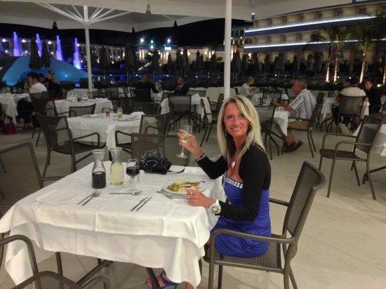 Princess Andriana Resort & Spa : Souper en terrasse