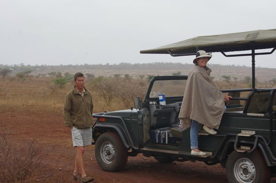 White Elephant Safari Lodge: Goin' on a Game Drive!