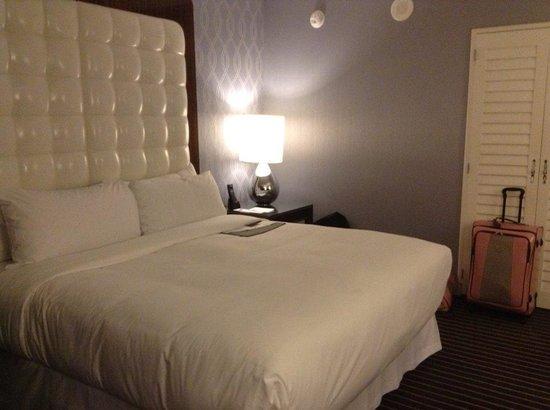 Le Meridien Delfina Santa Monica: room