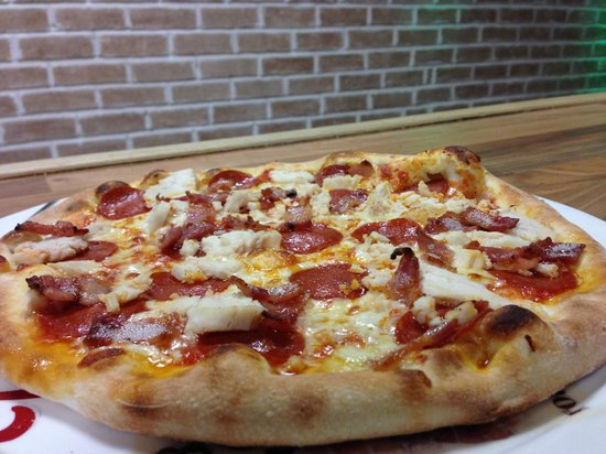 "Jack pepperoni Pizza & Pasta: 14"" with 3 topings just 9.99 euro"