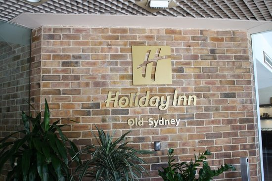 Holiday Inn Old Sydney: Entrance