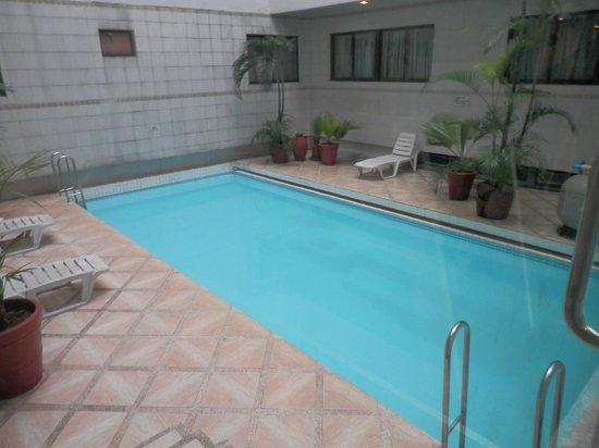 Great Eastern Hotel: Hotel pool
