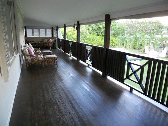 Bayfield House: Lounge/Balcony