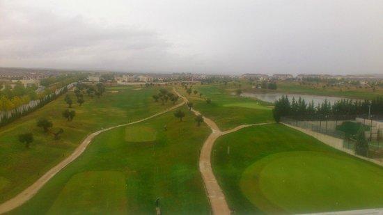 Occidental Aranjuez: Vista desde el 3º piso al campo de golf