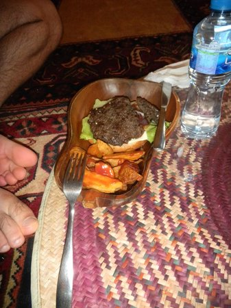 Local House Restaurant : Camel Burger, excuse the toes