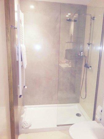 Hotel Tarongeta: baño