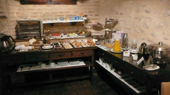 HOTEL CASA MORISCA: Rincon del buffet