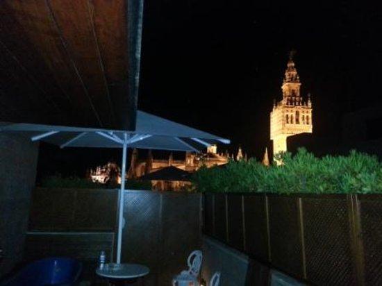 Hotel Casa 1800 Sevilla: Vistas noscturnas