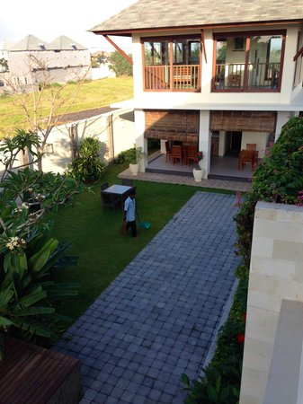 R & R Bali Bed and Breakfast Suites : guest house