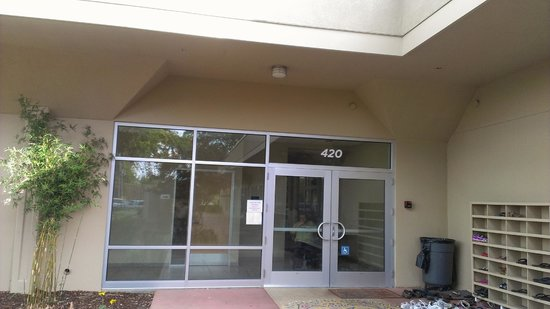 Sunnyvale Hindu Temple & Community Center: doors