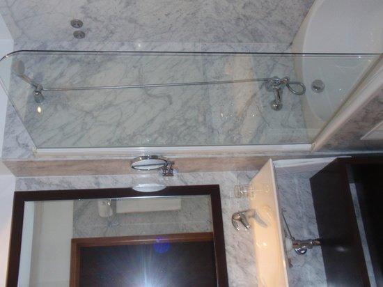 Eurostars Das Artes Hotel: salle de bains