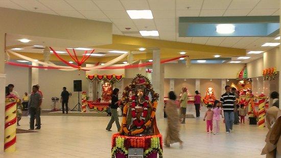 Sunnyvale Hindu Temple & Community Center : inside of temple