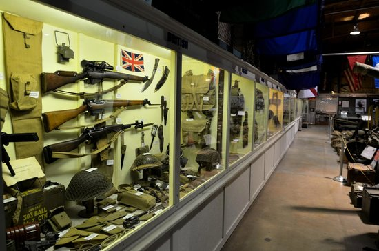 U.S. Veterans Memorial Museum : small arms of many countries
