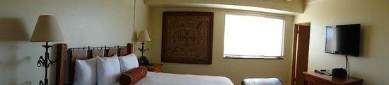 Hacienda Del Sol Guest Ranch Resort: The room