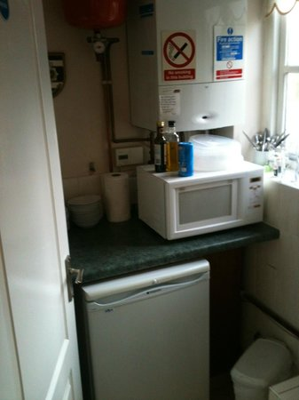 Brewery Farm House: Guest kitchenette open 24/7